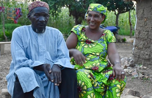Dowayo fortuneteller / spiritual healer and his wife