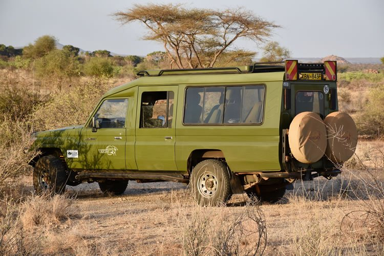 Crossing Kenya's remote northern regions in a 4x4