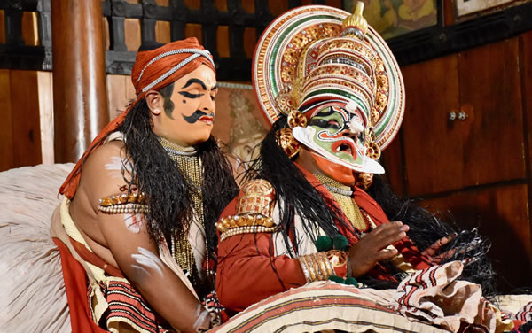 Dramatic scene in a Kathakali performance