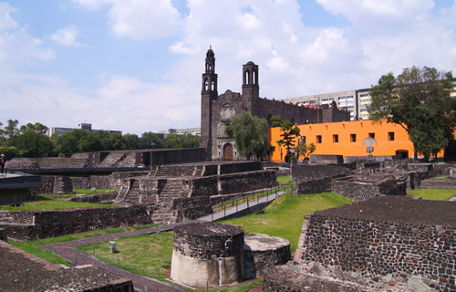 Revealing and excavating the most ancient of the three cultures in Mexico City