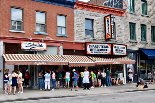 Schwartz smoked meat deli, a fixture on most walking tours