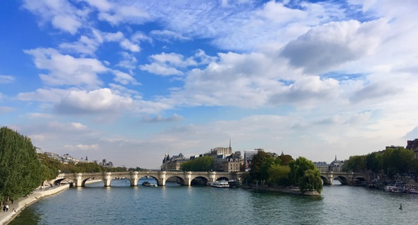 The famous Seine river in Paris can be enjoyed on any budget