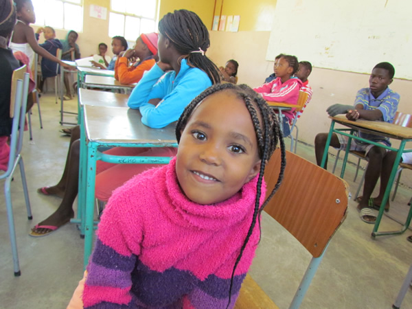 Volunteer teach children in Namibia