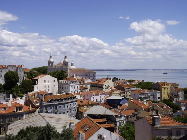 Live abroad in Lisbon, Portugal