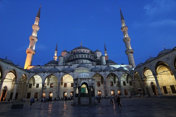 Evening view of the Blue Mosque in Istanbul