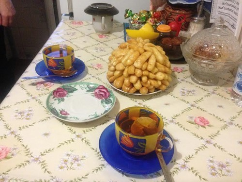 Tea an chak-chak Tatar food, Russia
