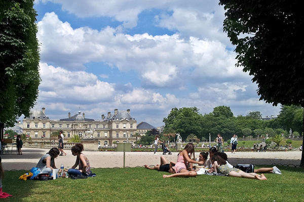 The Jardin de Luxembourg in Paris with students
