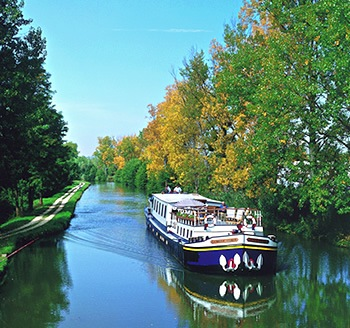 Barging in autumn in France