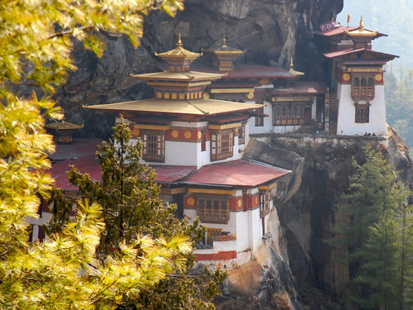Immersion travel in Bhutan