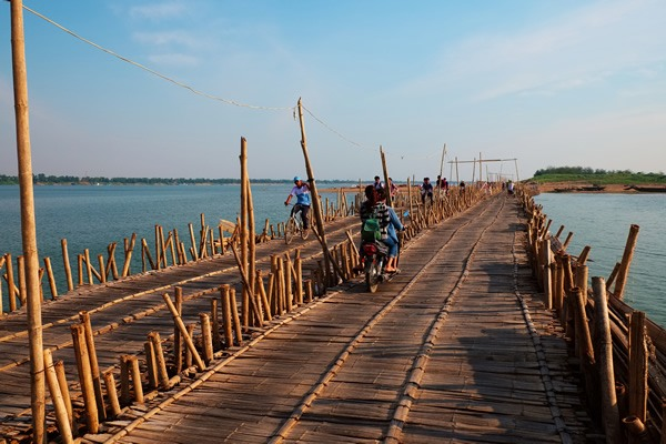 Bamboo bridge at Kampong Cham