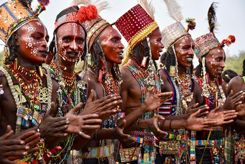 Young Wodaabe men chanting and dancing