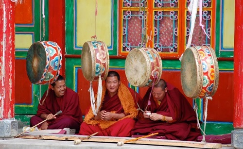 Dondrupling Monastery monks practicing for upcoming ceremony