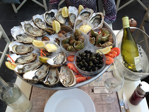 Oyster platter at a typical restaurant in Nice, France