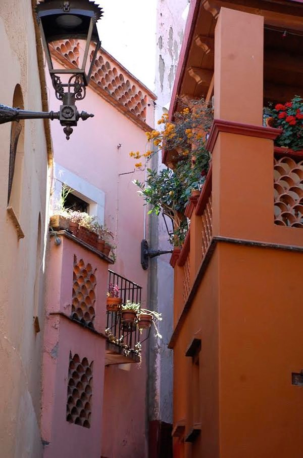 Travel Guide to Guanajuato, Mexico: An Illustrated Visit