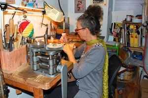 jewelry sculptor Catherine Gielis at work in her taller