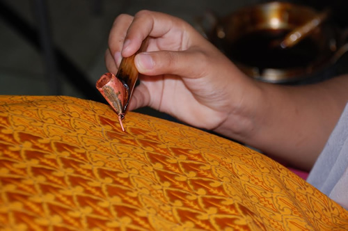 Batik process at Winotosastro factory