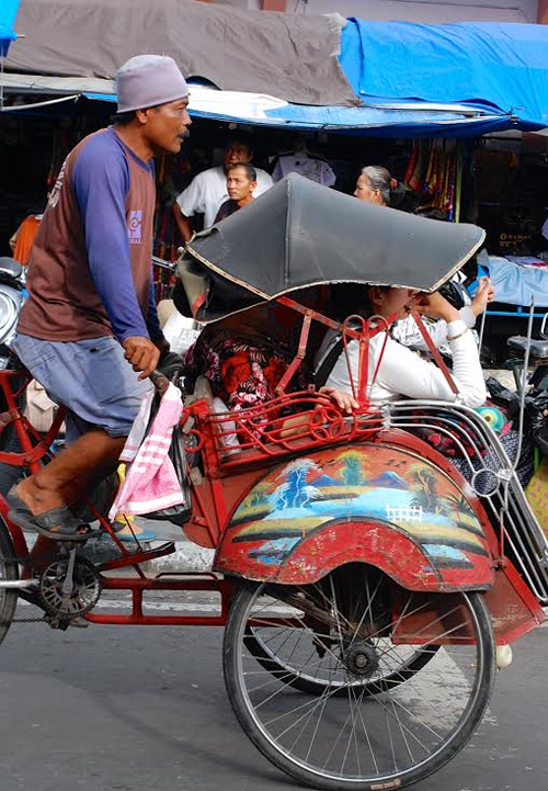 A becak or pedicab