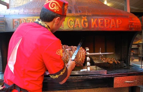 Street food vendor making cag kebap