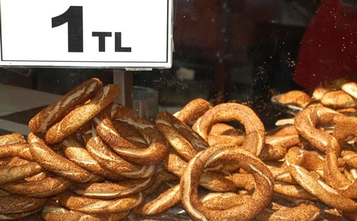 Simit at market Istanbul