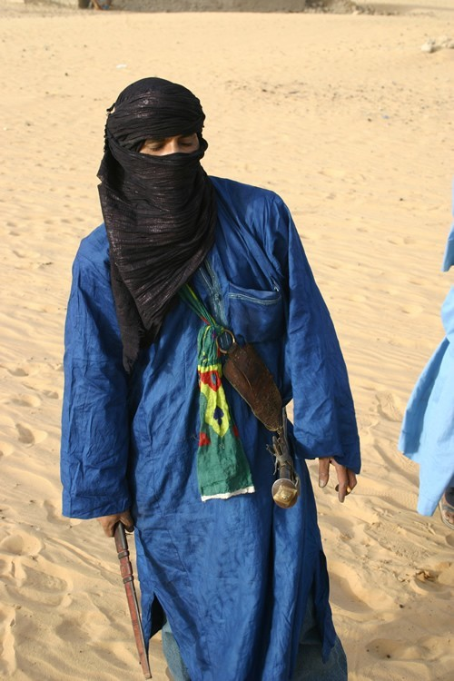 Tuareg with sword and knife