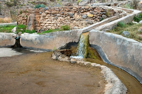 The falaj, an ancient irrigation system