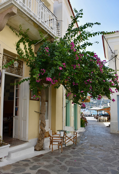 A typical street in Poros