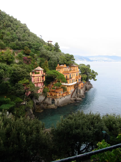 Travel in Portofino by car
