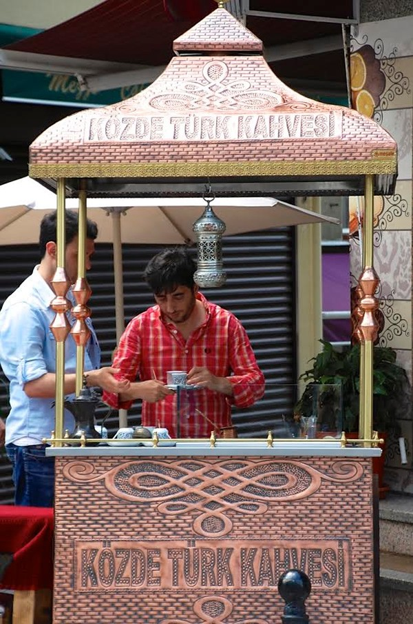 A typical coffee stall in Istanbul