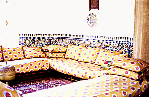 Traditional couch and cushions