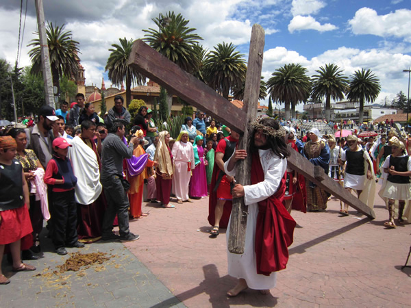 Christ carrying cross on  Semana Santa