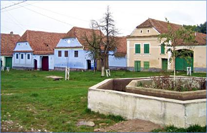 Transylvania for senior travelers - Saxon style houses in transylvania ...
