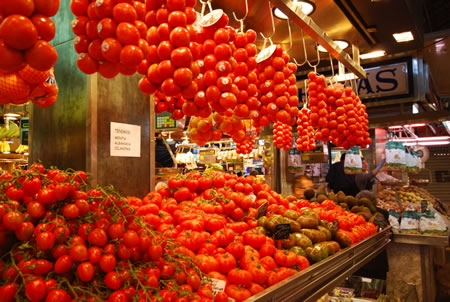 Barcelona cooking class market and tomatoes