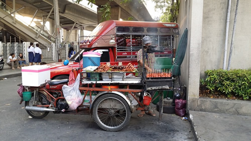 A food cart in Thailand where locals eat