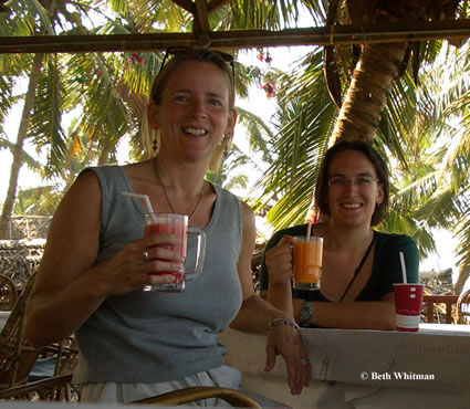 Beth and Kate in Kerala