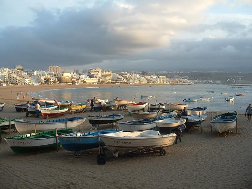 Boats resting up for the night on Las Canteras Beach, Las Palmas