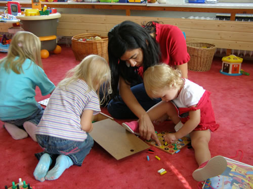 Teaching toddlers English in Prague, Czech Republic