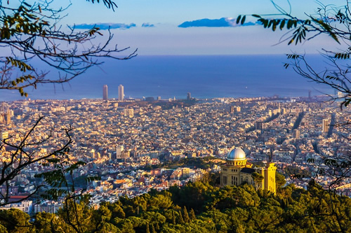 Barcelona is a big city with many short-term job options