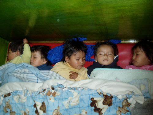 Volunteering in Peru: Babies sleeping at a nursery