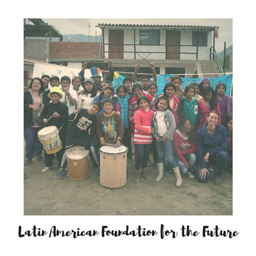 Latin American Foundation for the Future volunteers