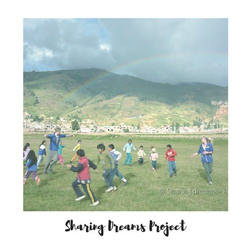 Sharing Dreams Project volunteers