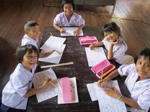 Teaching children in Thailand