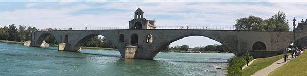 Family travel in Avignon, France