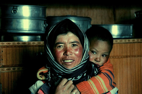 Woman and child in Ladakh