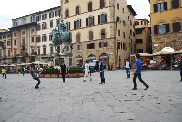 Street scene at a square in Florence