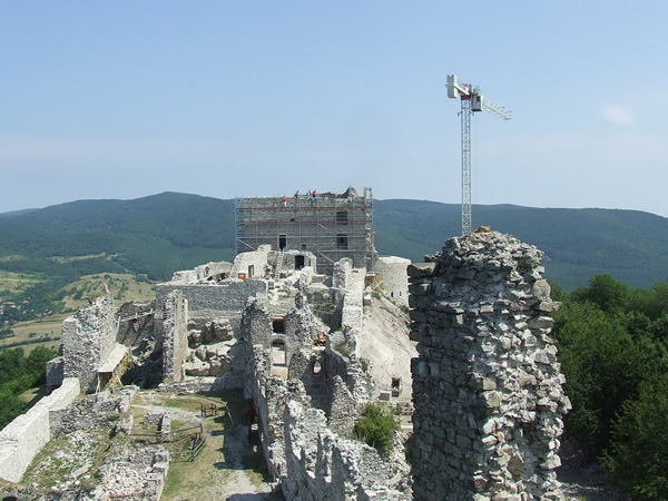 Volunteer to restore a castle in Europe this summer at a workcamp