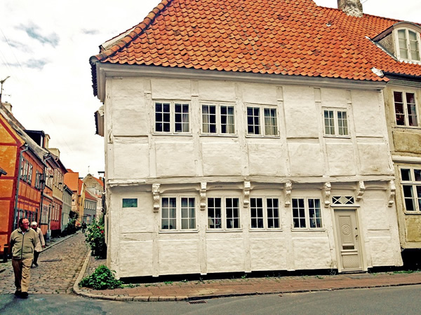 An old house off a small cobblestone lane in peaceful Helsingør, Denmark.