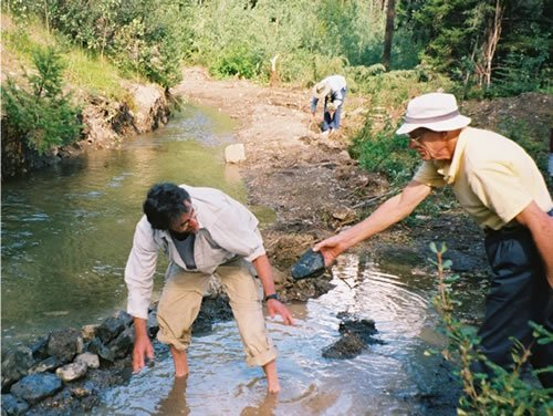Senior Volunteer Vacations: Repairing an Irrigation Ditch with The Land Conservancy