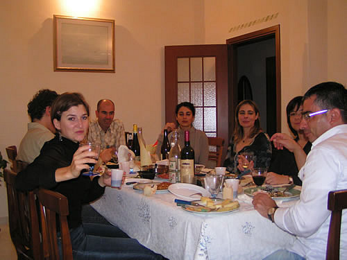 Dining and speaking Italian in Italy to hosts