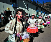 Dancing at the Virgen del Carmen festival in Peru