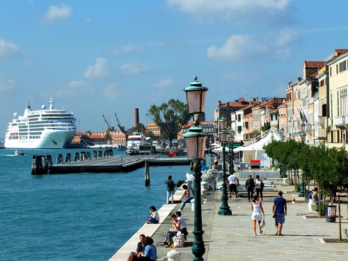 Cruise ship jobs in Venice